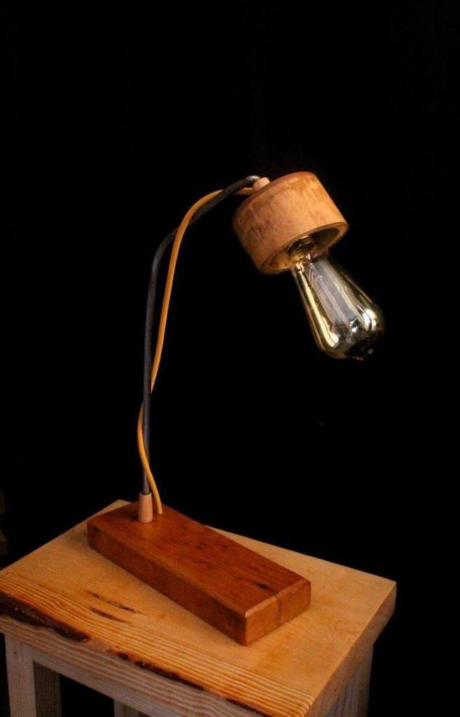 Masa Lambası Bambu